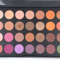 First Impressions and Swatches | Morphe Brushes Jaclyn Hill Favorites Palette