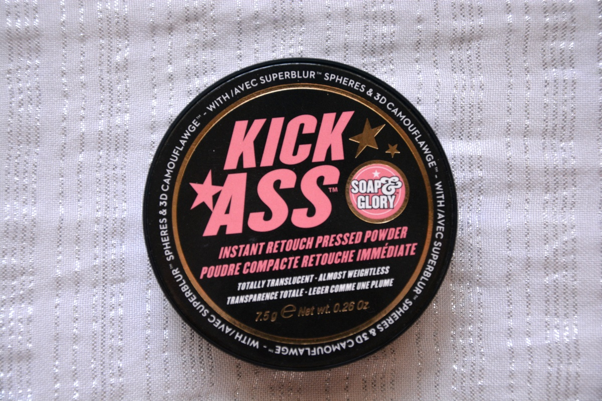 Review | Soap & Glory Kick Ass Instant Retouch Pressed Powder